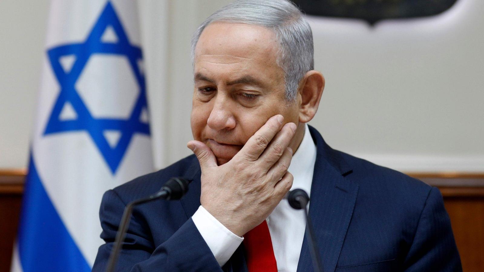 """Thủ tướng Israel Netanyahu bị cáo buộc sử dụng quyền lực """"bất hợp pháp"""""""