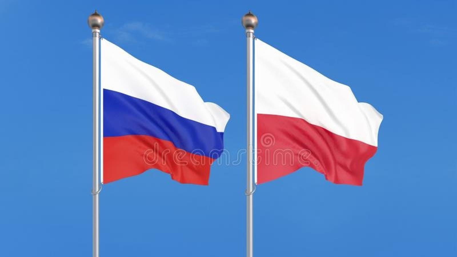 Ba Lan tuyên bố trục xuất 3 nhà ngoại giao Nga