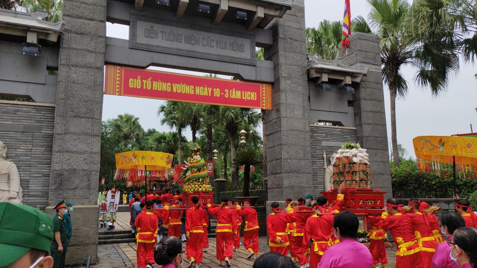 Rộn ràng các hoạt động văn hóa trong ngày giỗ Tổ Hùng Vương tại TPHCM