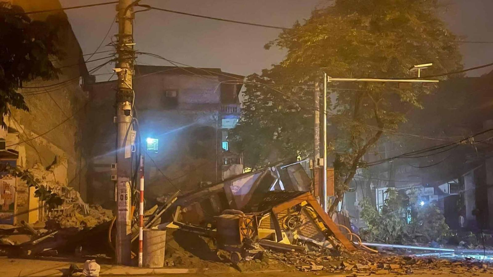 Căn nhà 3 tầng ở Lào Cai bất ngờ sập đổ trong đêm