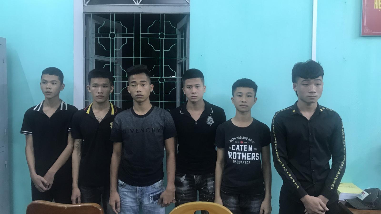 Ngăn chặn nhóm thanh niên cầm dao đi đánh nhau
