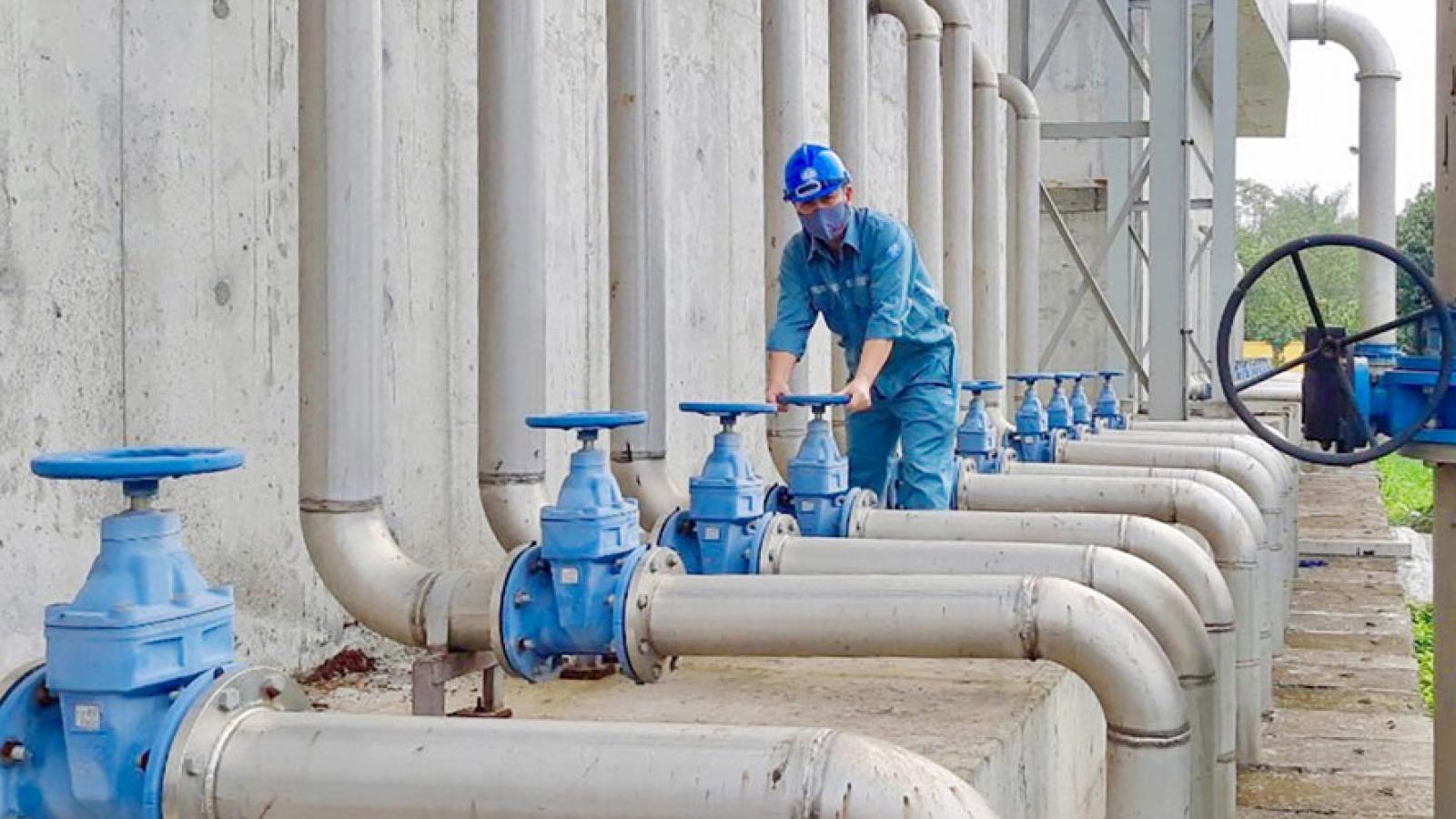 Hà Nội ứng cứu thế nào khi gặp sự cố vỡ đường ống nước sạch vào mùa hè?
