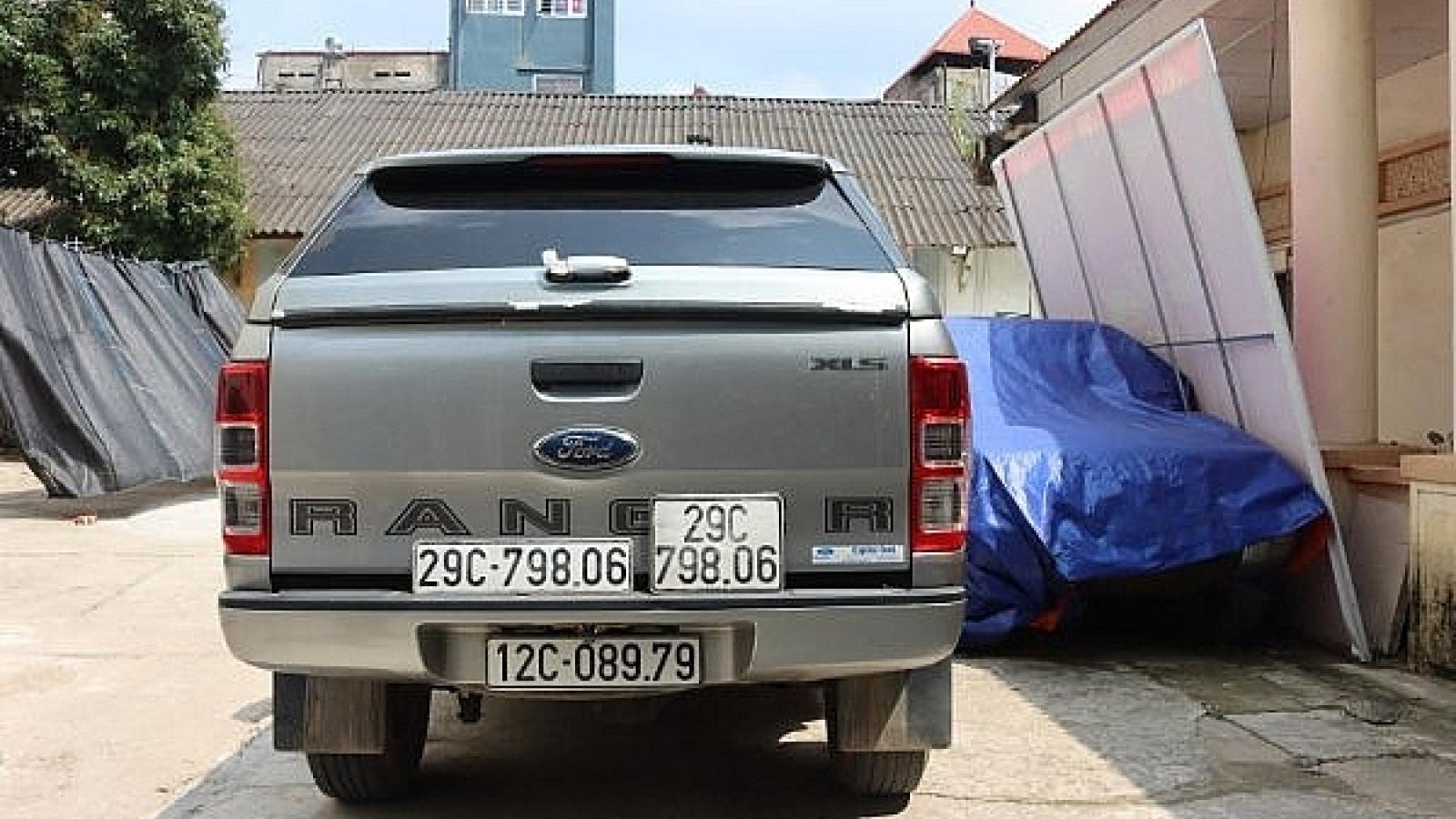 Xe ô tô dùng biển số giả vận chuyển gần 700 kg nguyên liệu thuốc bắc lậu