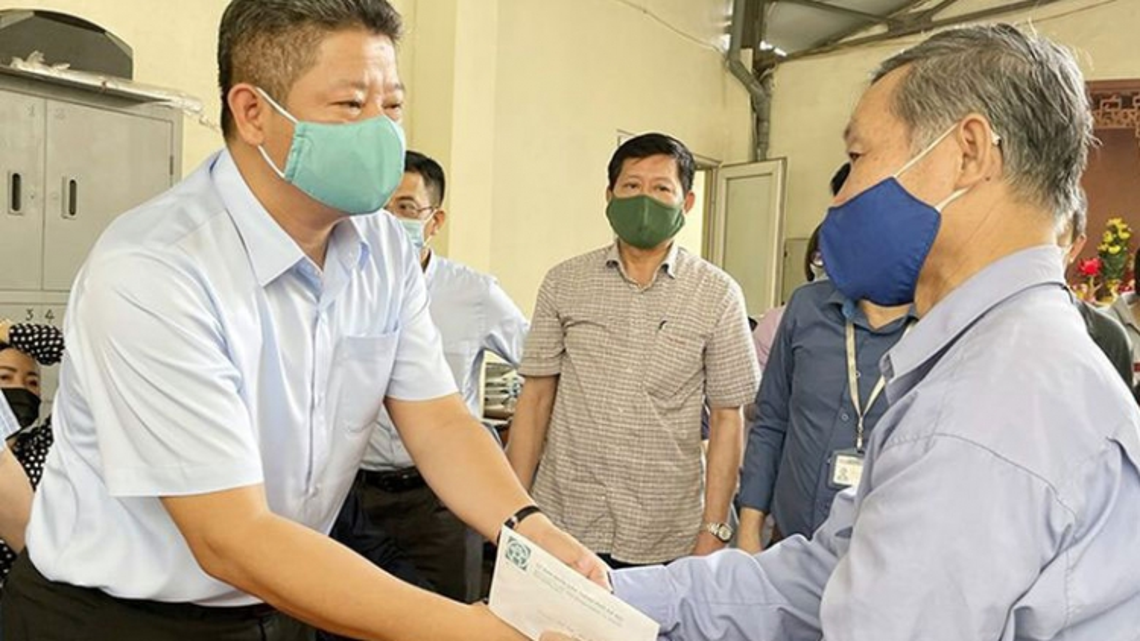 Lãnh đạo Hà Nội thăm hỏi, động viên gia đình nạn nhân vụ cháy ở 311 Tôn Đức Thắng
