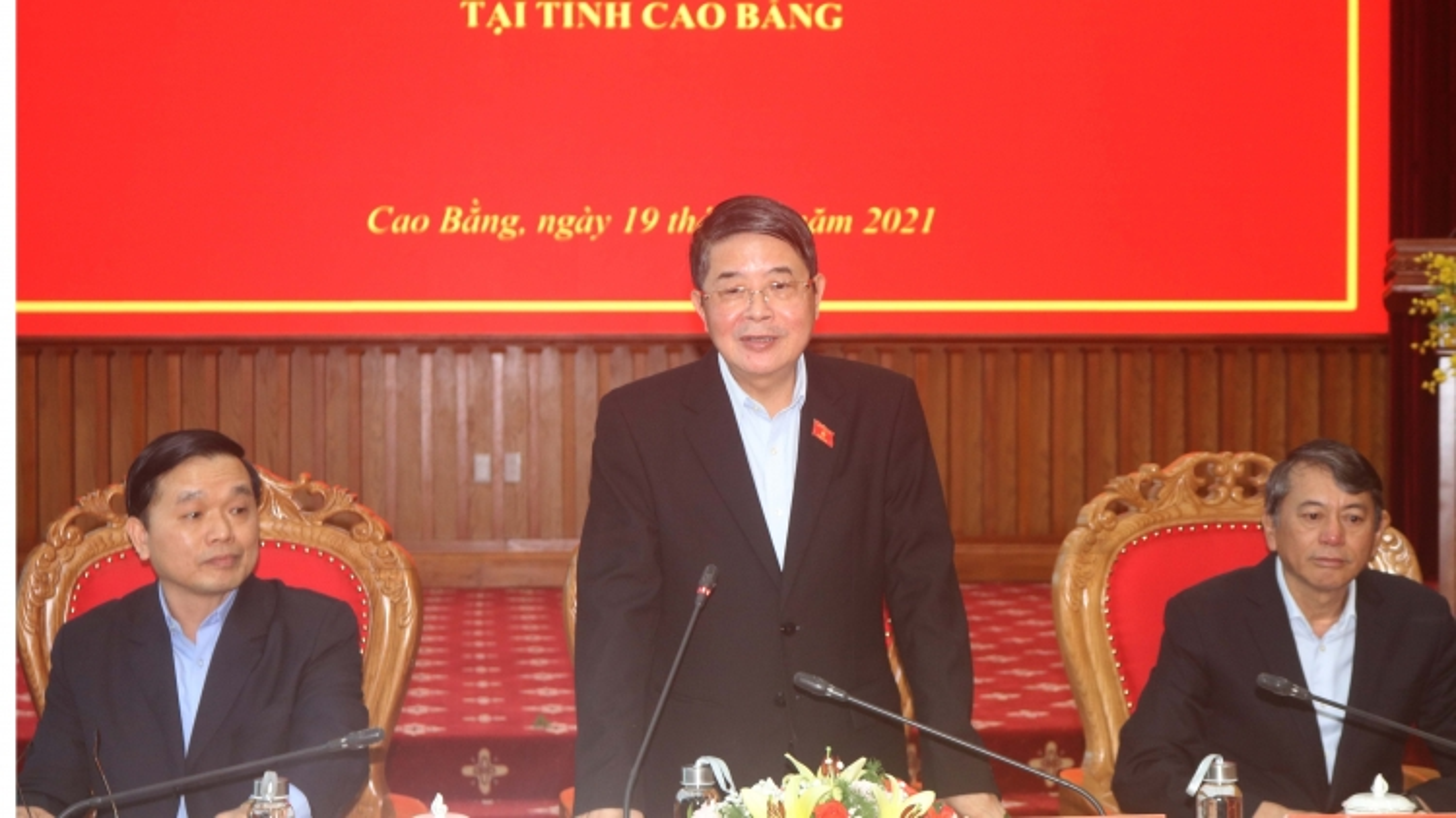 Phó Chủ tịch Quốc hội Nguyễn Đức Hải kiểm tra công tác bầu cử tại Cao Bằng