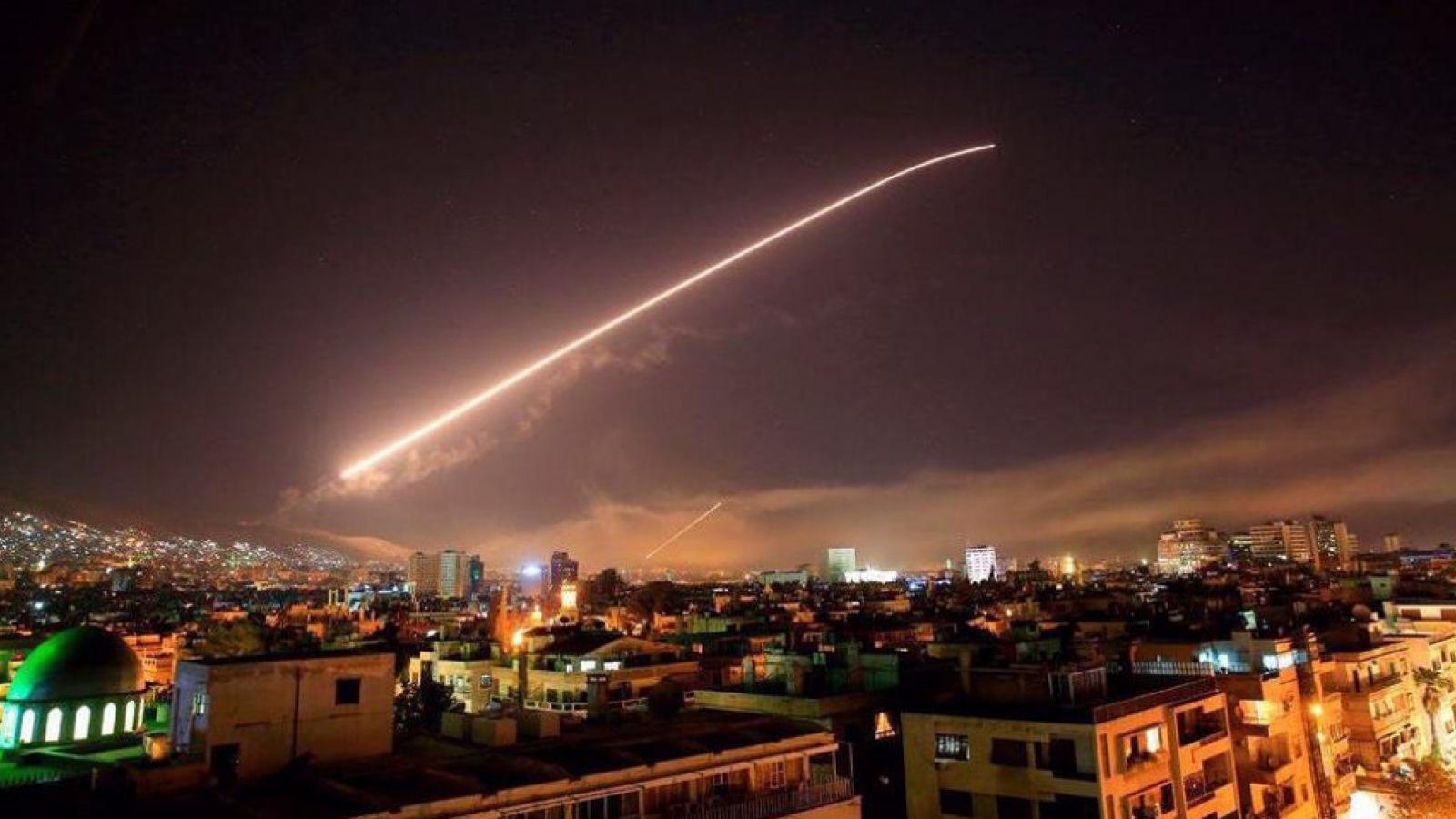 Israel tấn công tên lửa vào Syria, thực chất nhắm đến Iran?