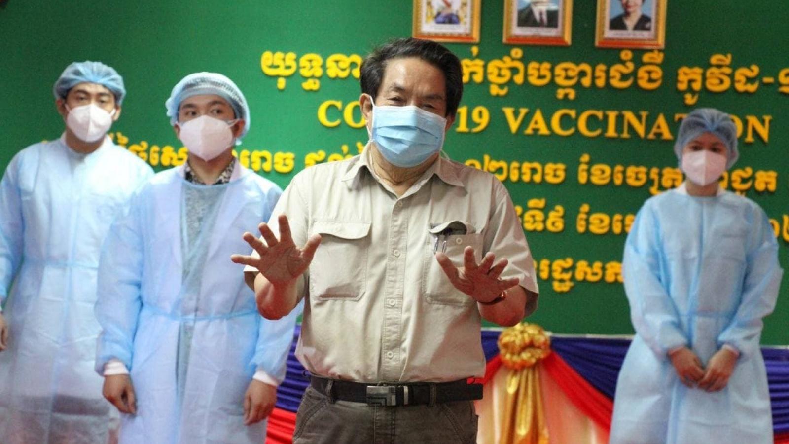 Một quan chức Quốc hội Campuchia mắc Covid-19 sau khi đã tiêm phòng
