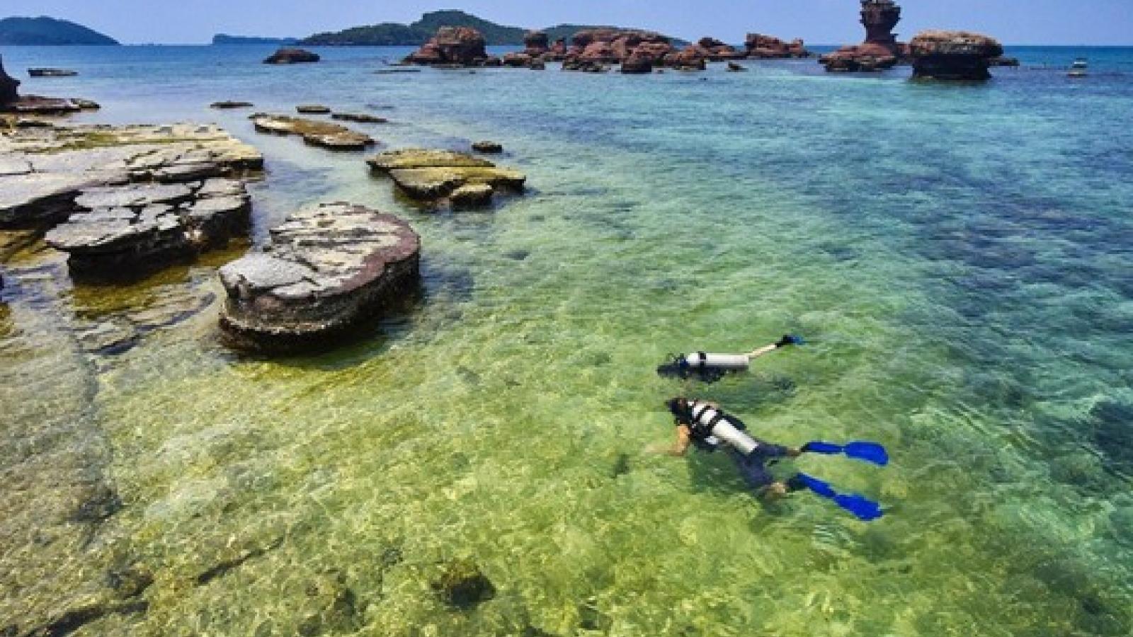 Hong Kong newspaper highlights tourism potential of Phu Quoc