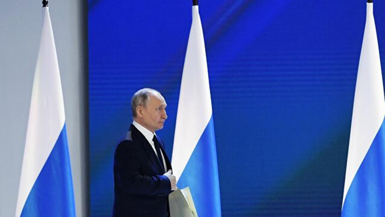 """Ông Putin: Nga sẽ xác định """"lằn ranh đỏ"""" là gì"""