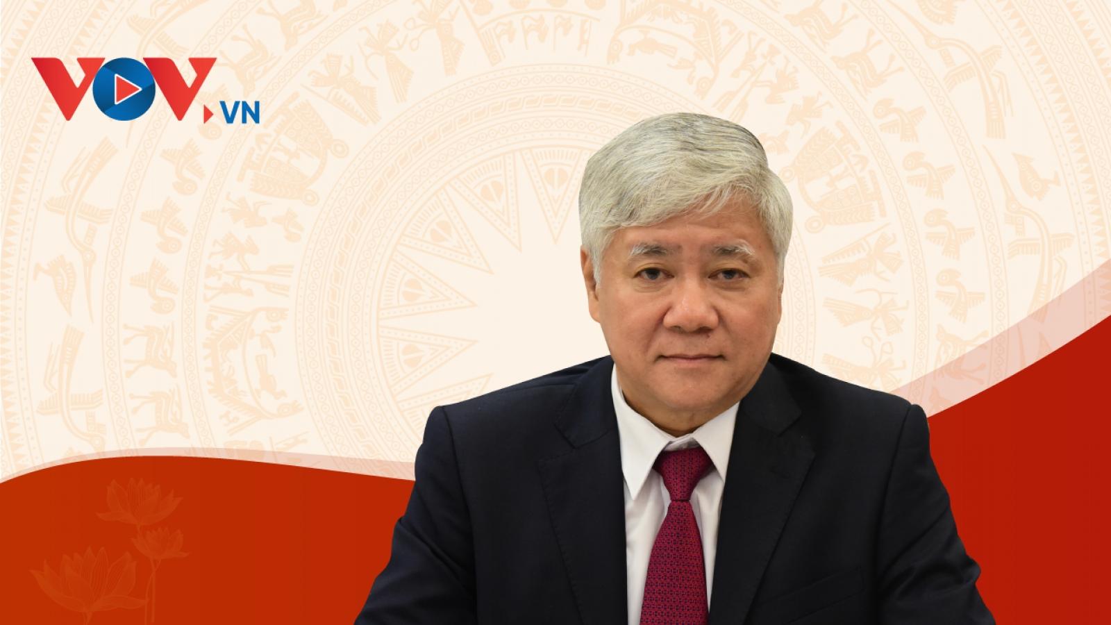 Quá trình công tác của Chủ tịch UBTƯ MTTQ Việt Nam Đỗ Văn Chiến