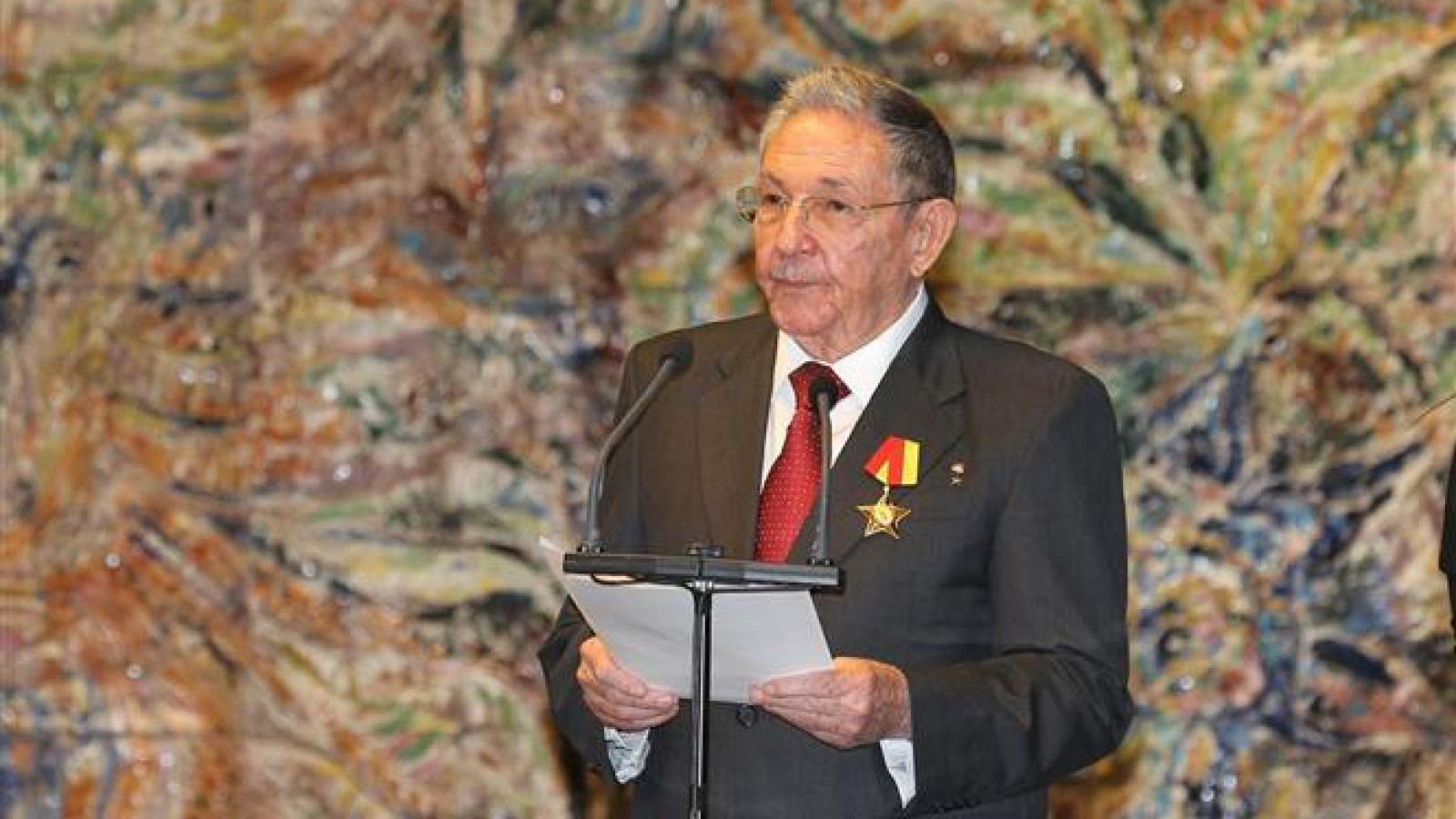 Ông Raúl Castro thông báo rời cương vị lãnh đạo Đảng Cộng sản Cuba