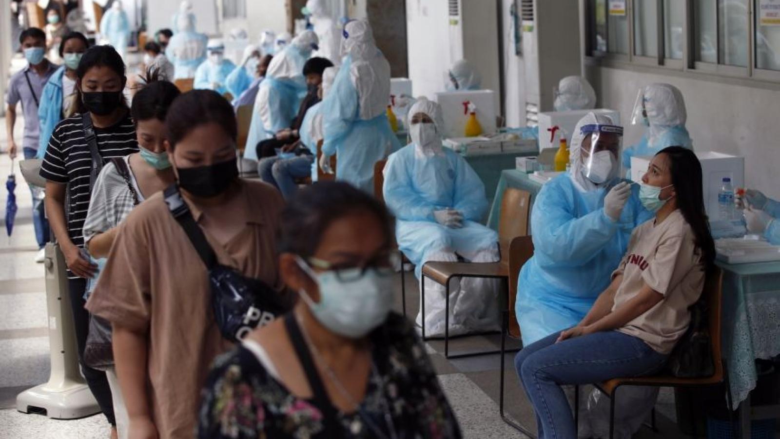 Thái Lan dừng cấp phép nhập cảnh cho người đến từ Ấn Độ