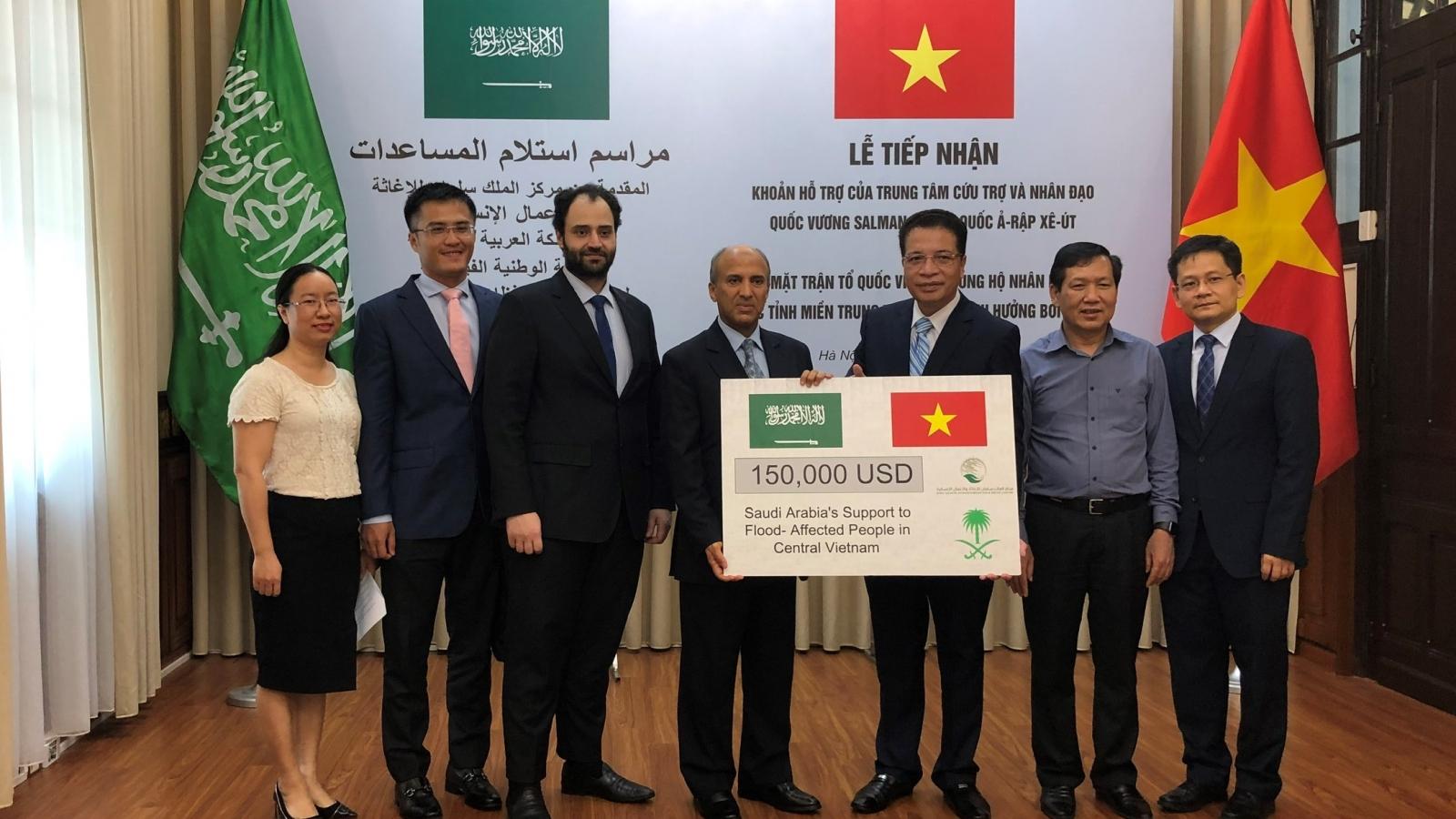 Saudi Arabia hỗ trợ hơn 3,4 tỷ đồng cho người dân miền Trung