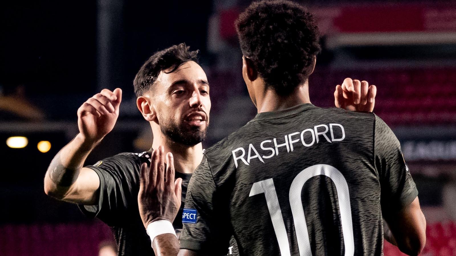 """Thắng dễ Granada, MU """"đặt một chân"""" vào bán kết Europa League"""