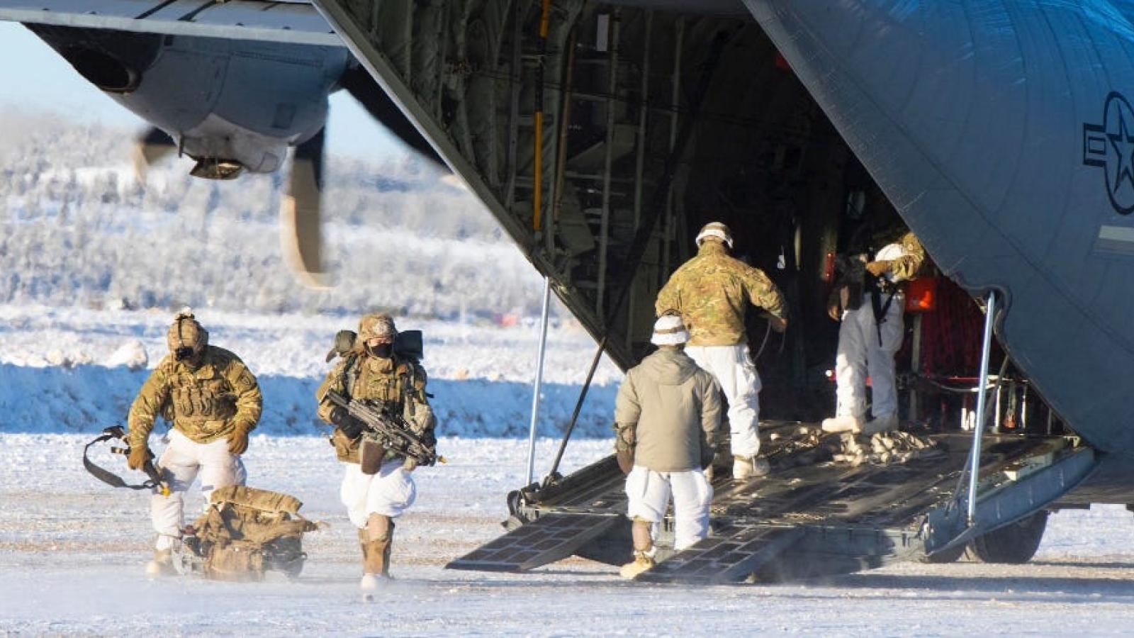 Mỹ loay hoay tìm lại sự thống trị ở Bắc Cực