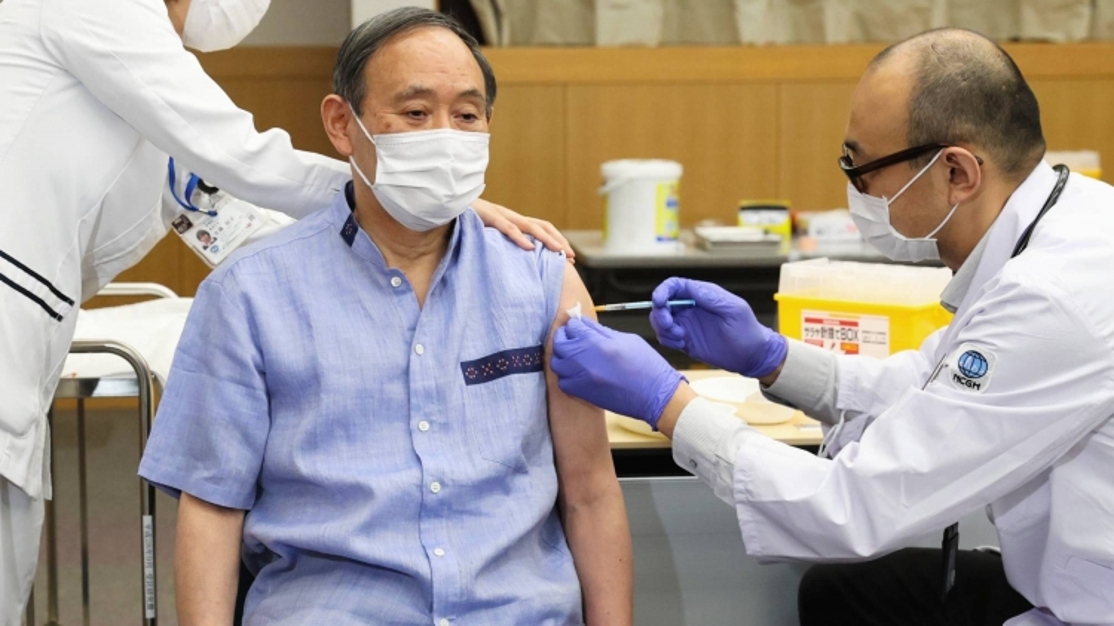 Thủ tướng Nhật Bản hoàn thành tiêm vaccine Covid-19, chuẩn bị gặp Tổng thống Mỹ