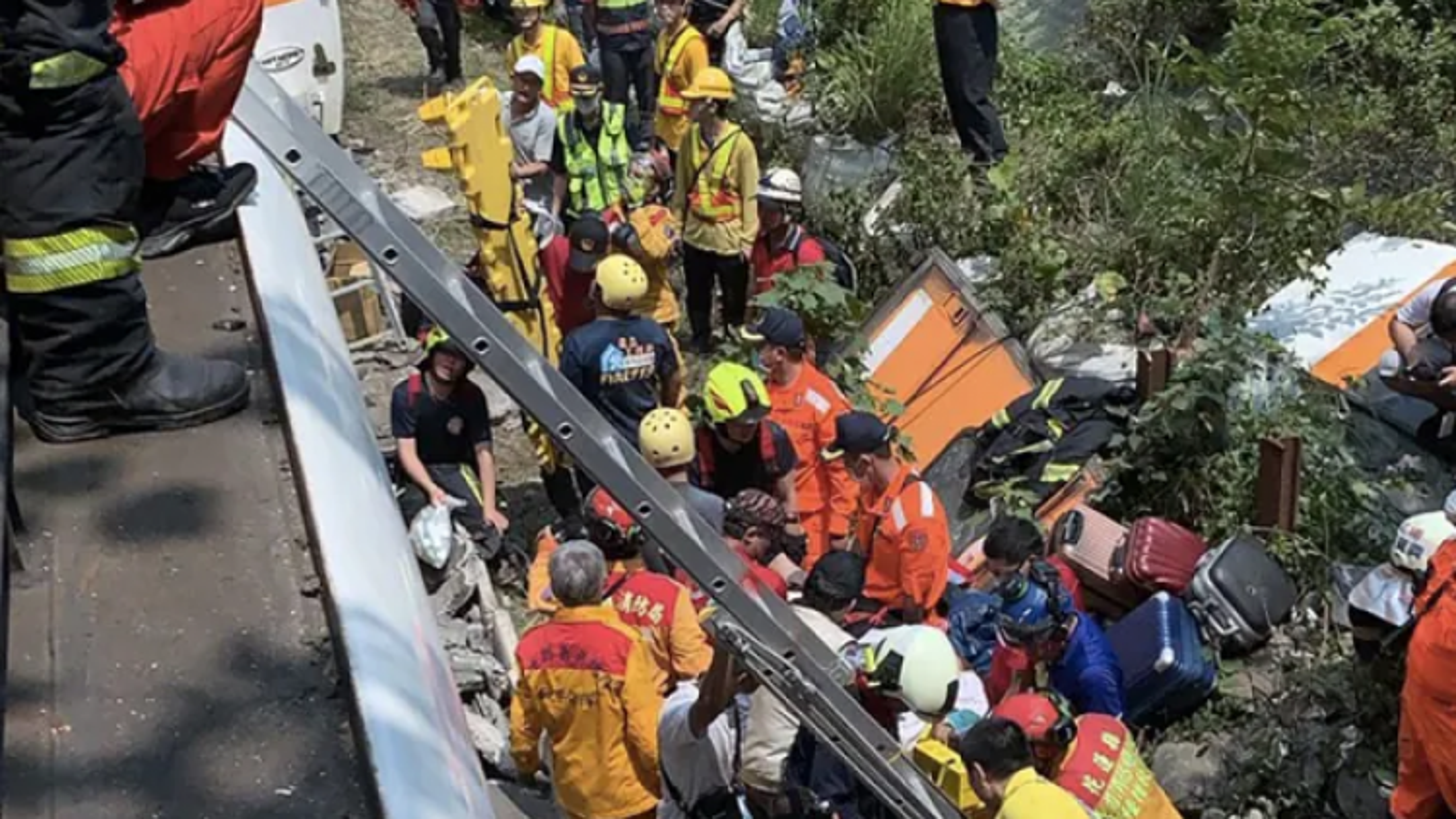 Tai nạn tàu hỏa ở Đài Loan: Cơ quan công tố phát lệnh bắt nghi phạm