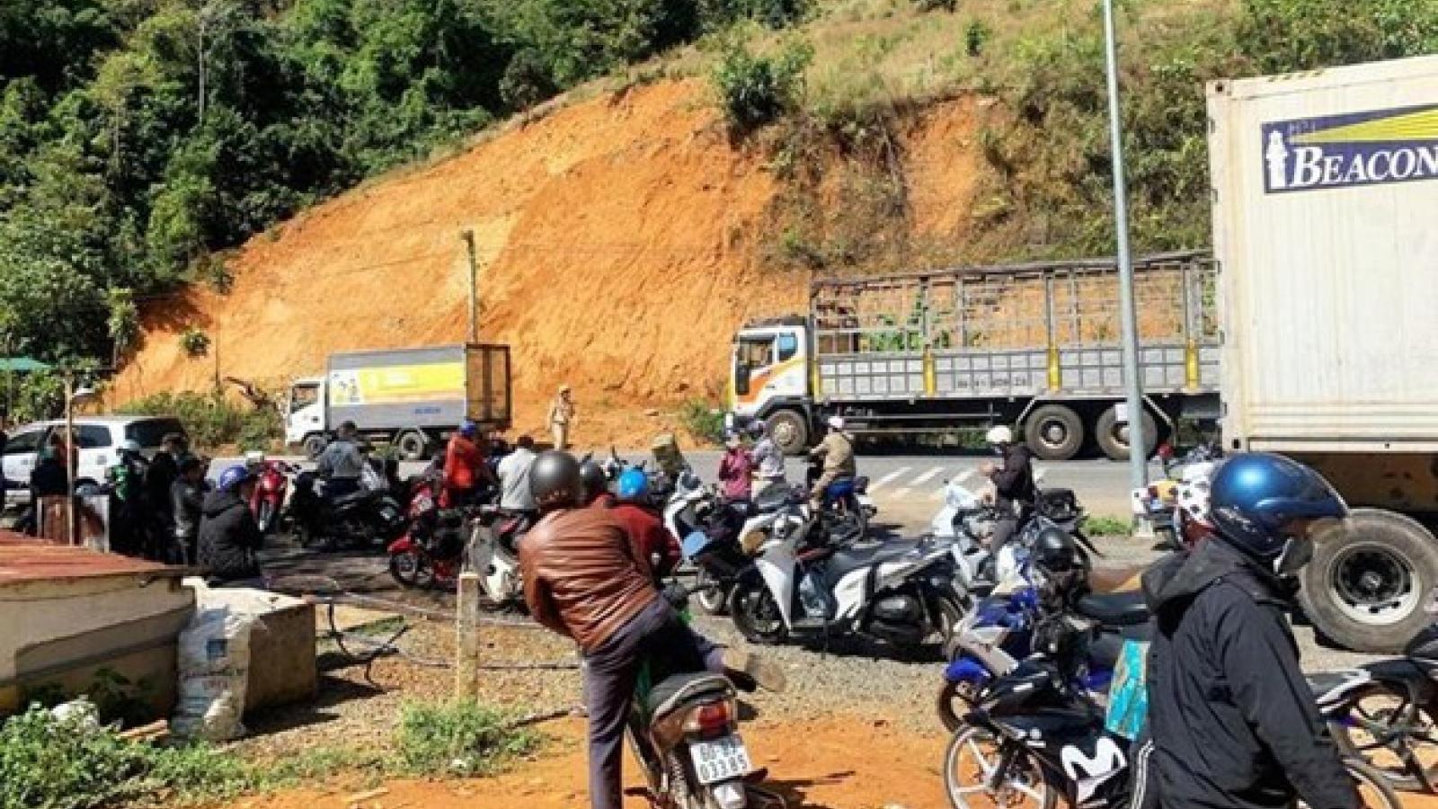 Trên đường về thăm nhà, 2 nữ sinh viên bị xe tải tông thiệt mạng