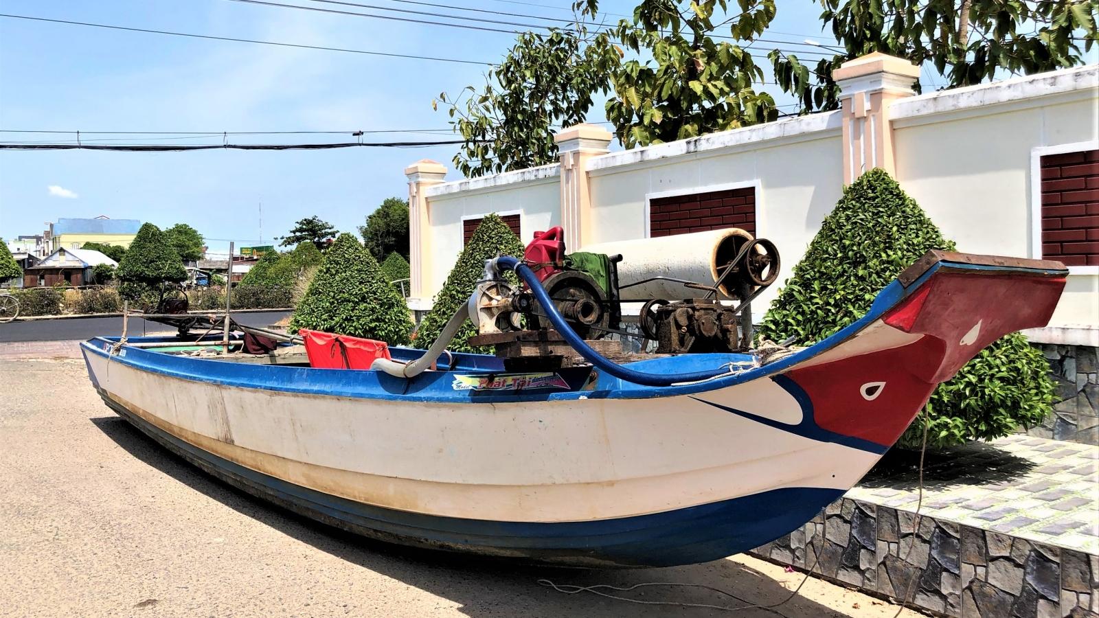 Khởi tố 3 đối tượng thực hiện nhiều vụ trộm cắp trên biển