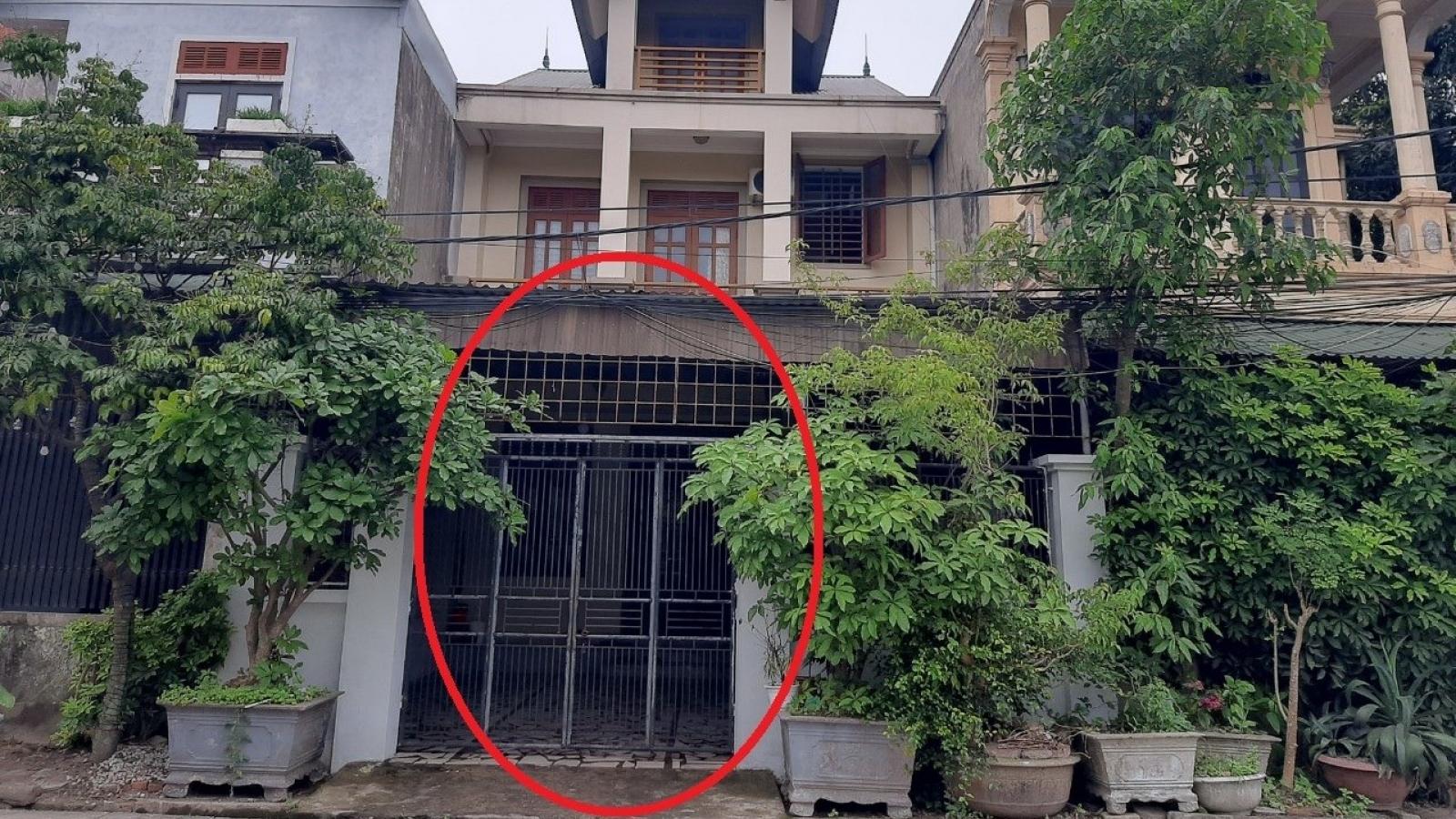 Khẩn trương điều tra vụ người phụ nữ bị tạt axit ngay trước cổng nhà