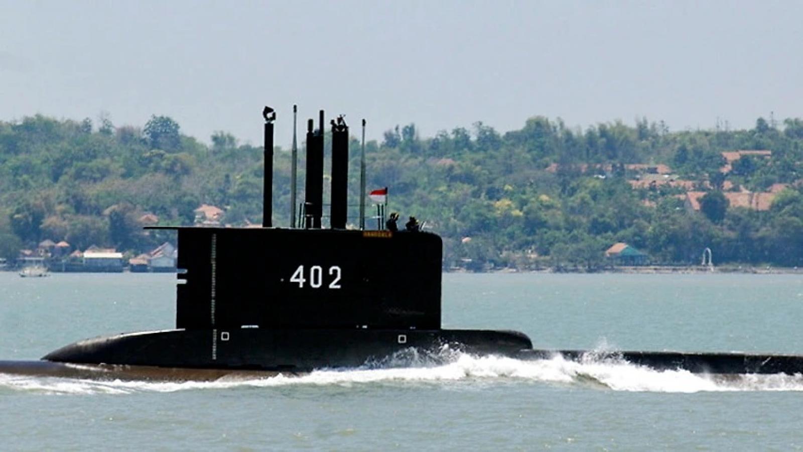 Indonesia chạy đua với thời gian để tìm kiếm tàu ngầm mất tích