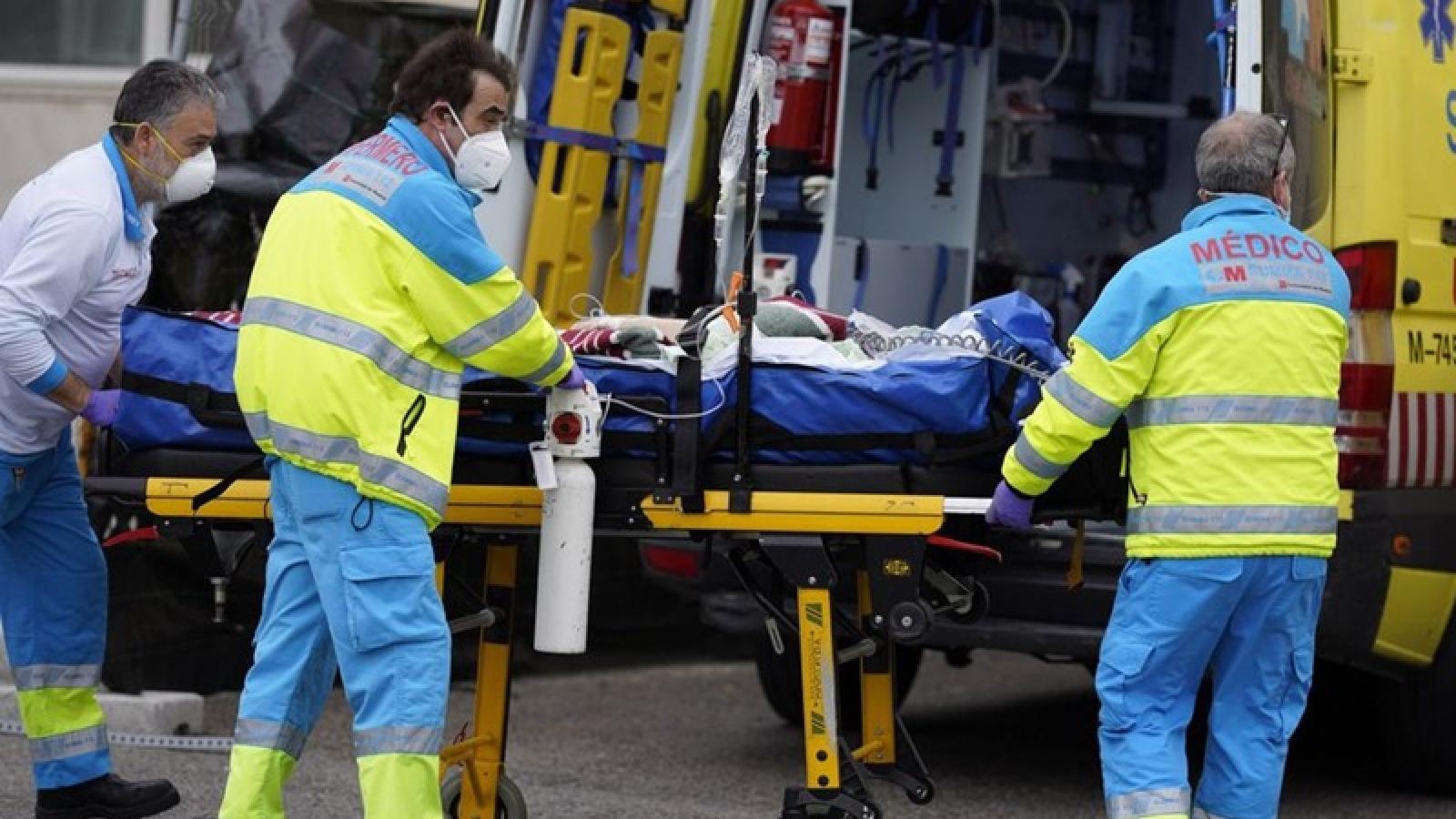 Tây Ban Nha bắt giữ ca siêu lây nhiễm Covid-19