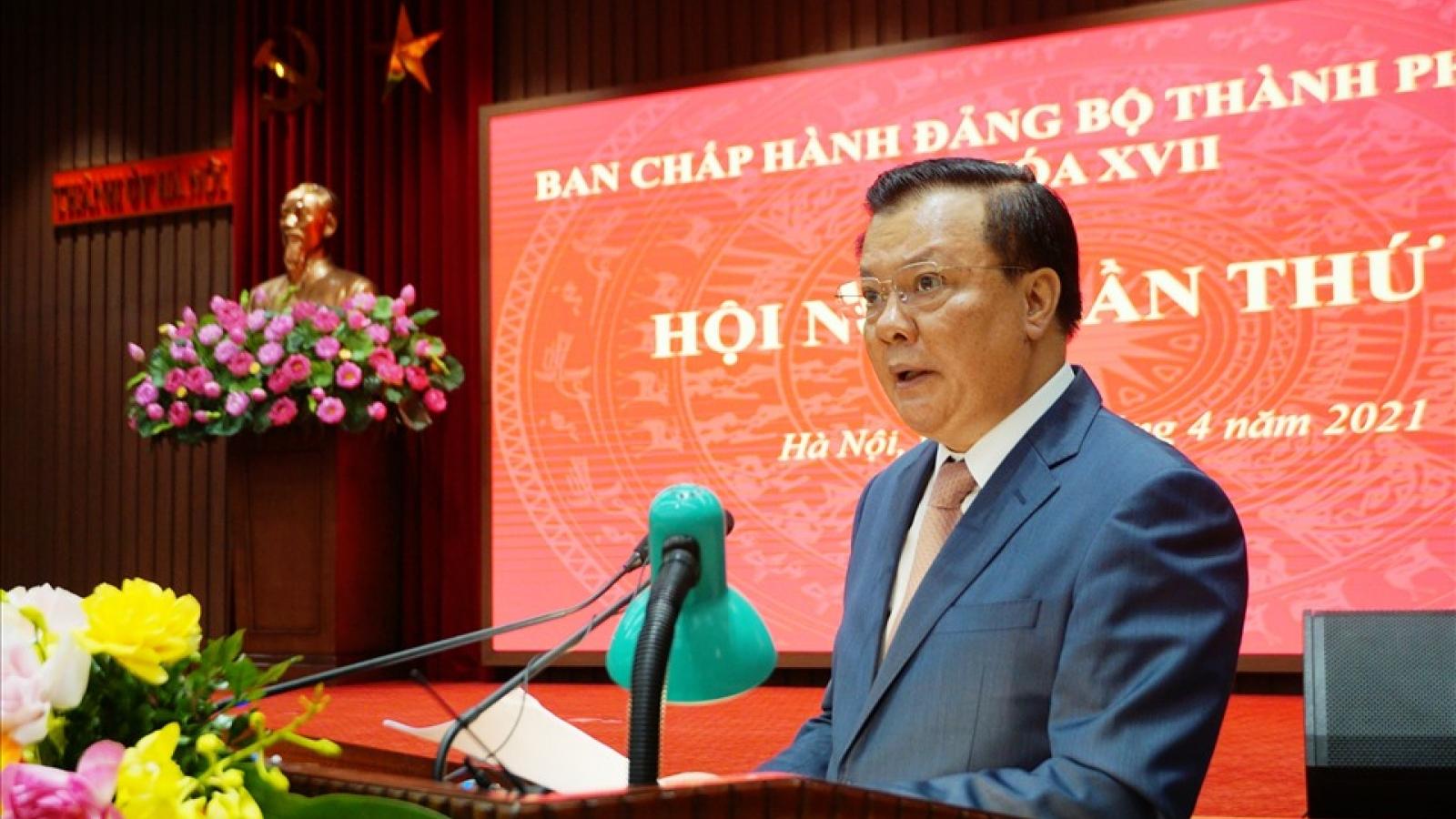 Thành ủy Hà Nội thông qua Nghị quyết nâng cao chất lượng đội ngũ cán bộ