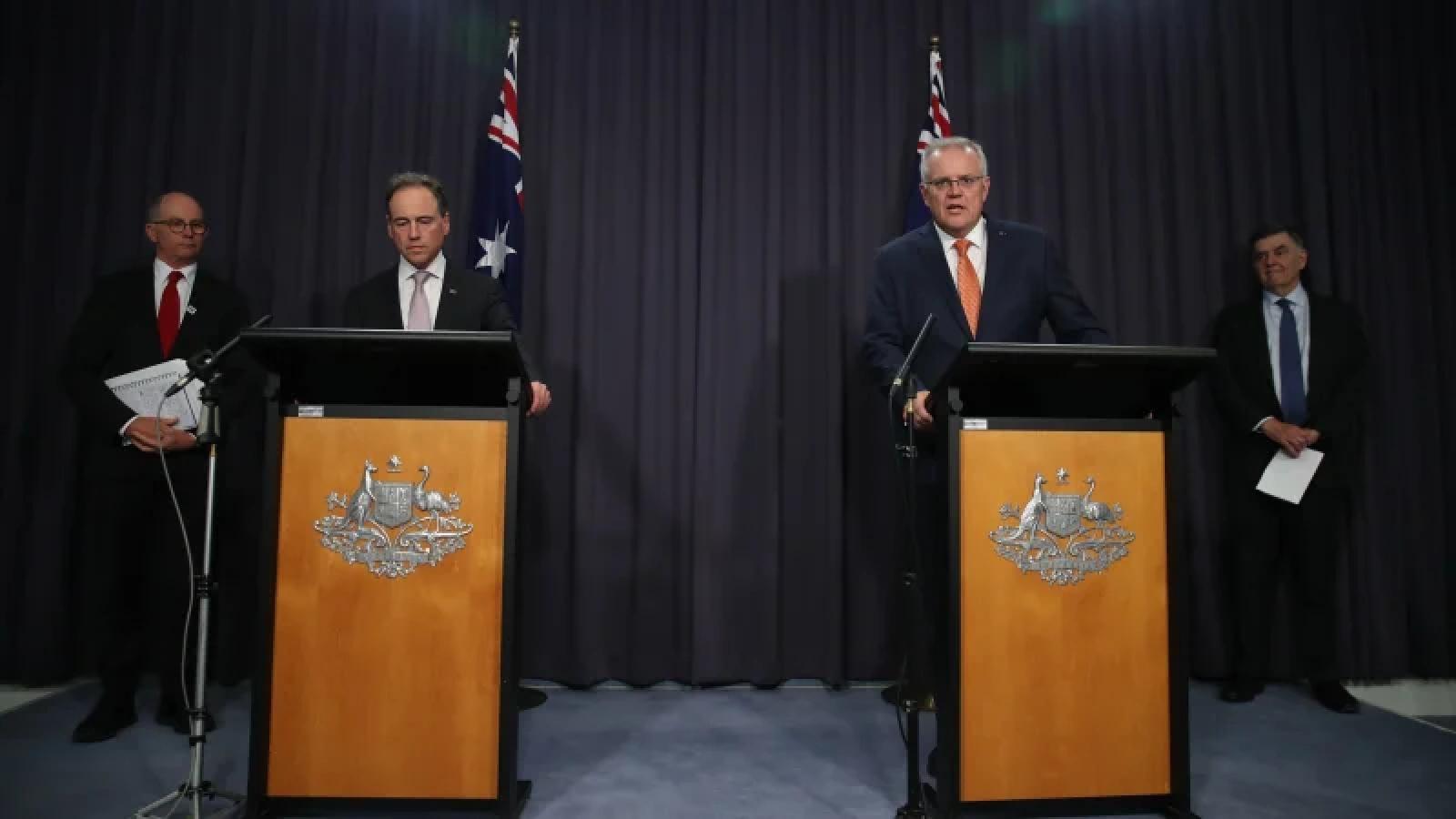 Australia khuyến cáo nên dùng vaccine của AstraZeneca cho người trên 50 tuổi