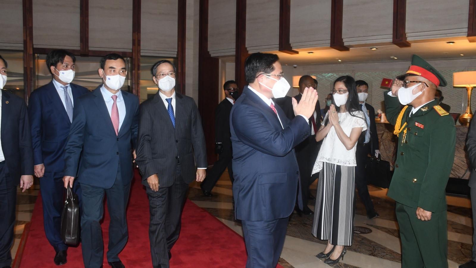 Thủ tướng Phạm Minh Chính tới Indonesia để tham dự Hội nghị các Nhà Lãnh đạo ASEAN