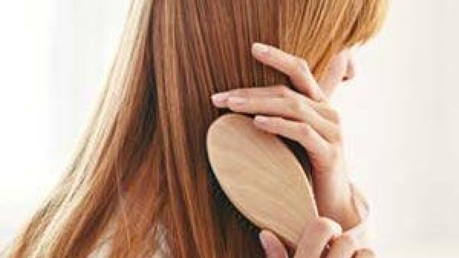 13 việc bạn làm đang phá hủy mái tóc của bạn