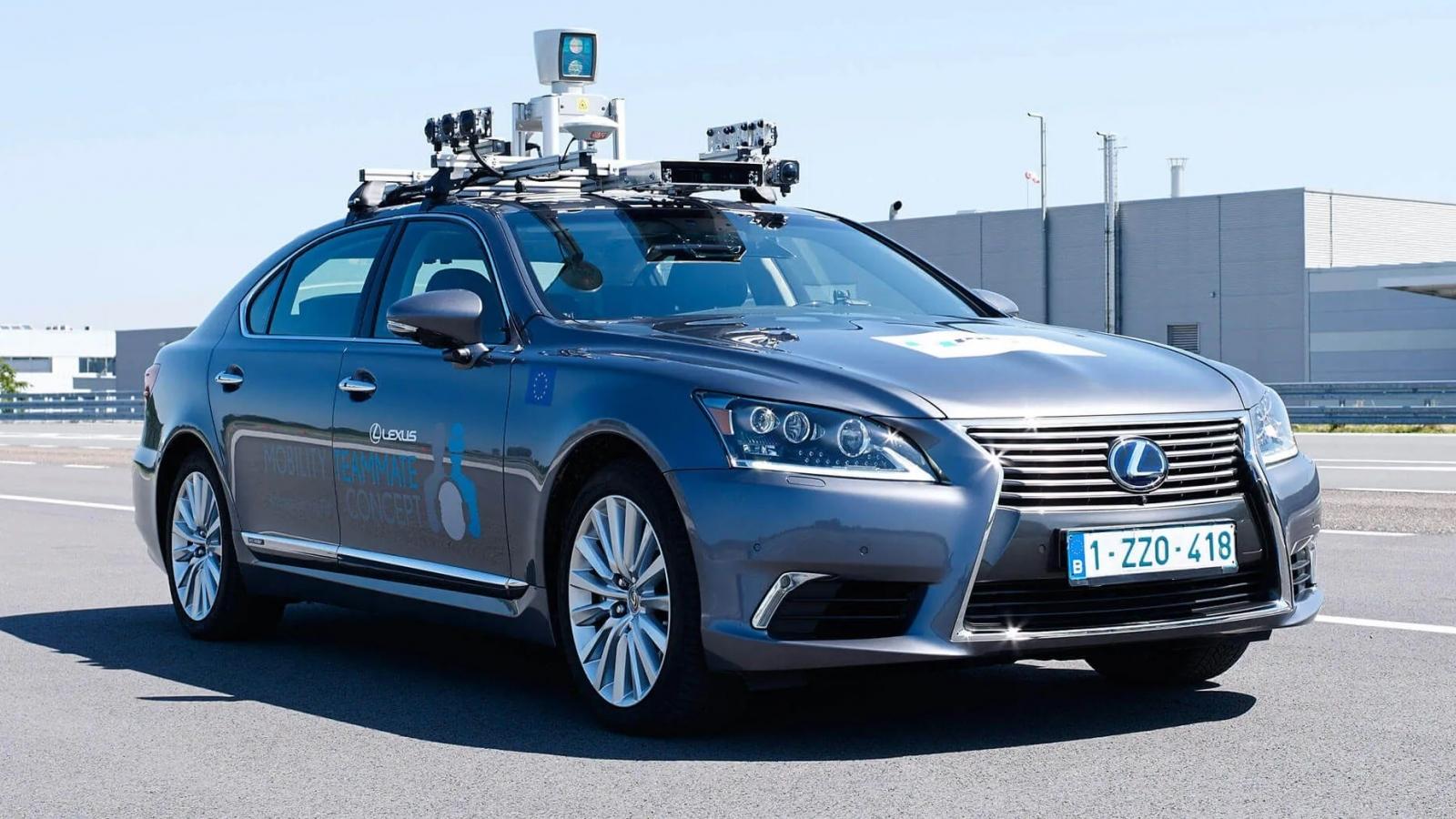 Toyota tiếp tục chi mạnh cho cuộc đua công nghệ tự hành