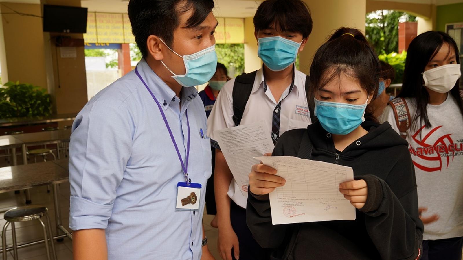 Bộ Giáo dục và Đào tạo công bố đề thi tham khảo, các trường lên kế hoạch ôn tập