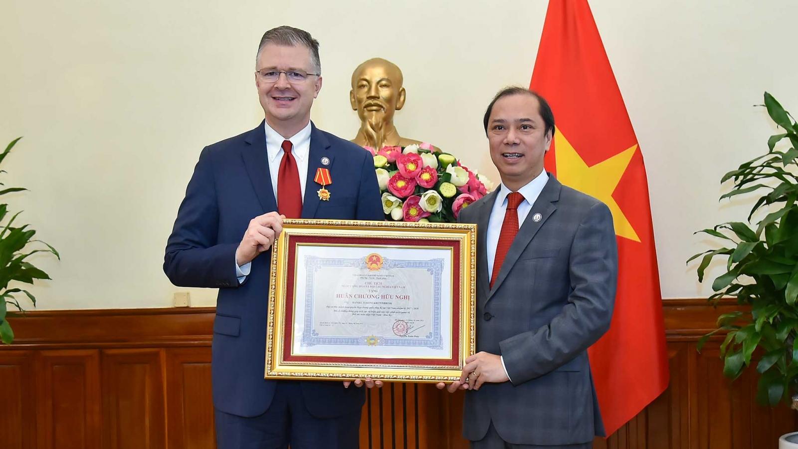 Đại sứ Hoa Kỳ Daniel Kritenbrink kết thúc nhiệm kỳ tại Việt Nam
