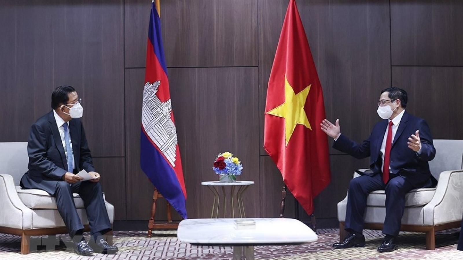 Thủ tướng: Việt Nam sẵn sàng hỗ trợ Campuchia phòng, chống dịch bệnh