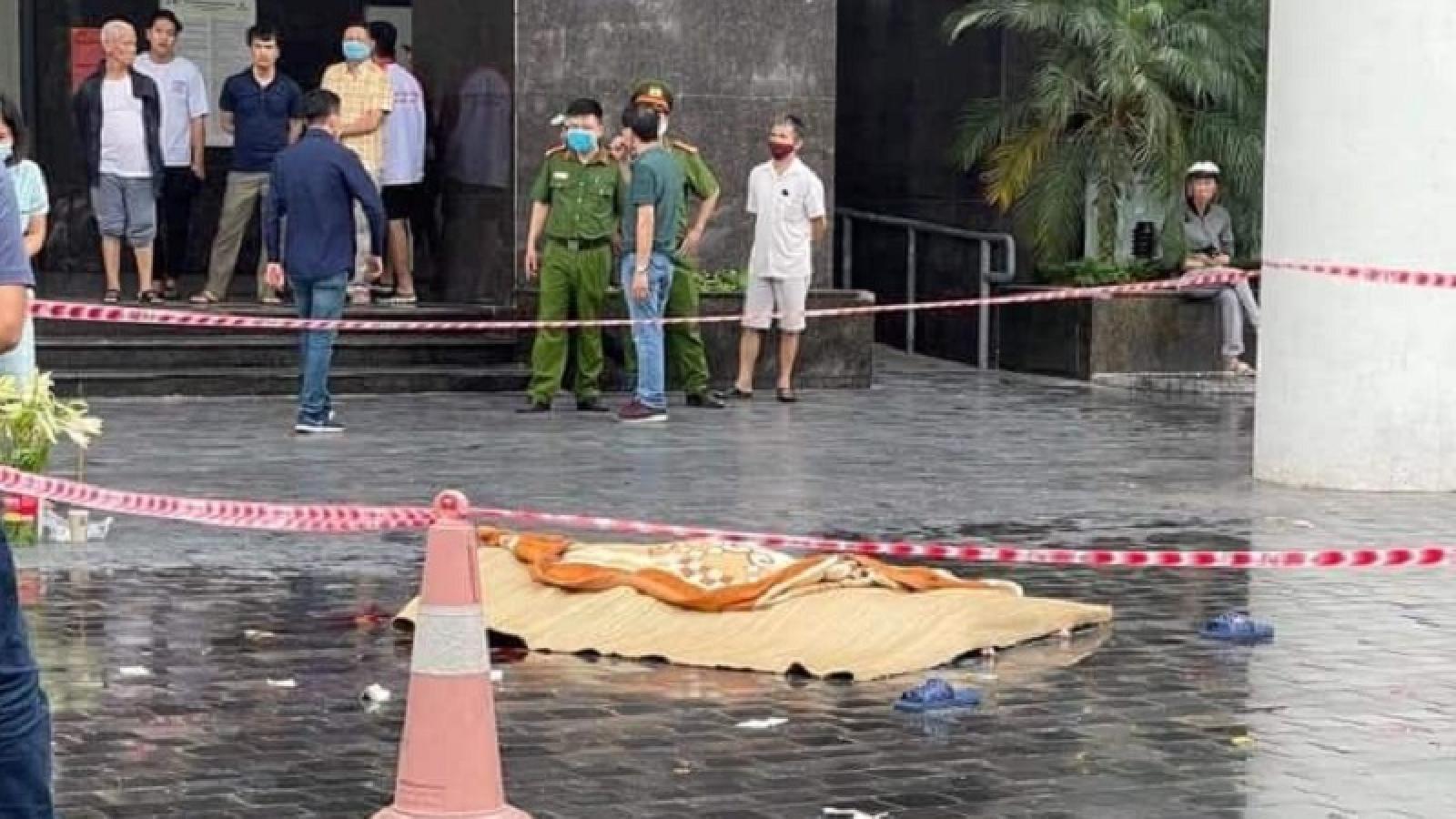 Một nam giới tử vong khi rơitừ tầng cao chung cư CT2 Thái Hà (Hà Nội)
