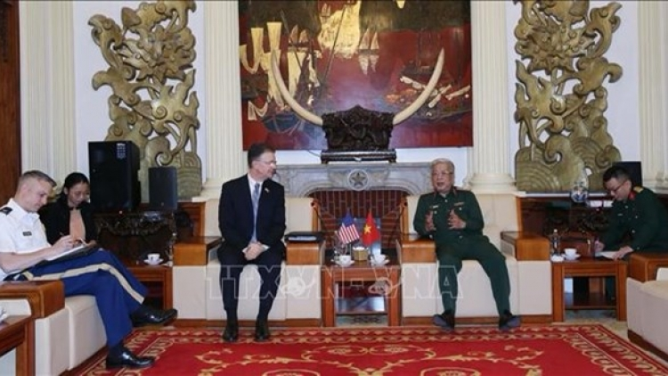 Vietnam, US beef up cooperation in war consequence settlement