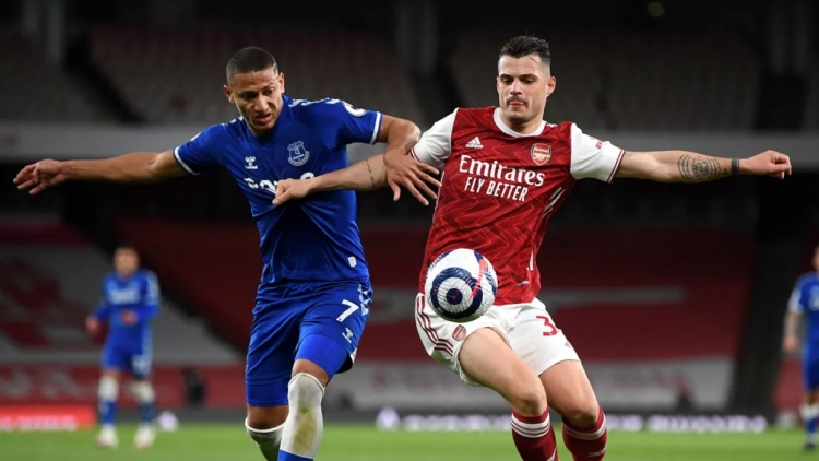 """""""Trắng tay"""" trước Everton, Arsenal xa dần top 4 Ngoại hạng Anh"""