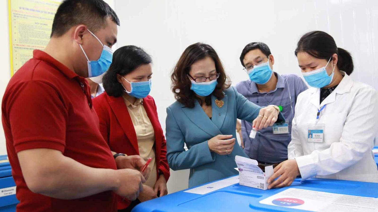 Yên Bái tiếp nhận 4.500 liều vaccine AstraZeneca phòng COVID-19