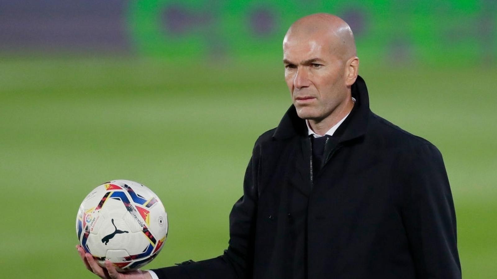 Real Madrid tự bắn vào chân trong cuộc đua vô địch, HLV Zidane vẫn nói cứng