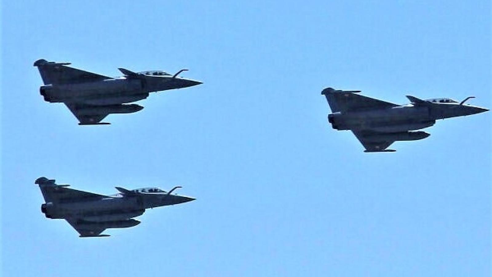 Điều ẩn chứa phía sau thỏa thuận Ai Cập mua 30 chiến đấu cơ Rafale của Pháp