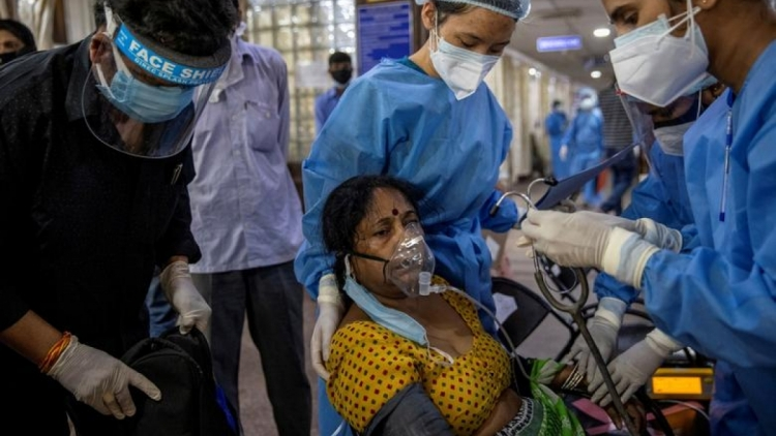 Với gần20 triệu ca COVID-19,Ấn Độ tiếp tục nhận vật tư y tế từ châu Âu