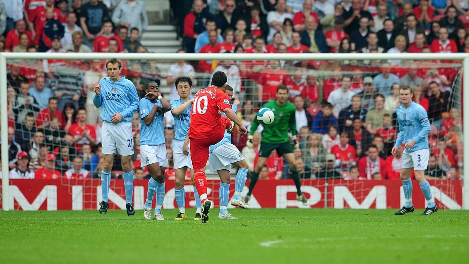 Ngày này năm xưa: Man City nhận trận thua đậm nhất ở Ngoại hạng Anh