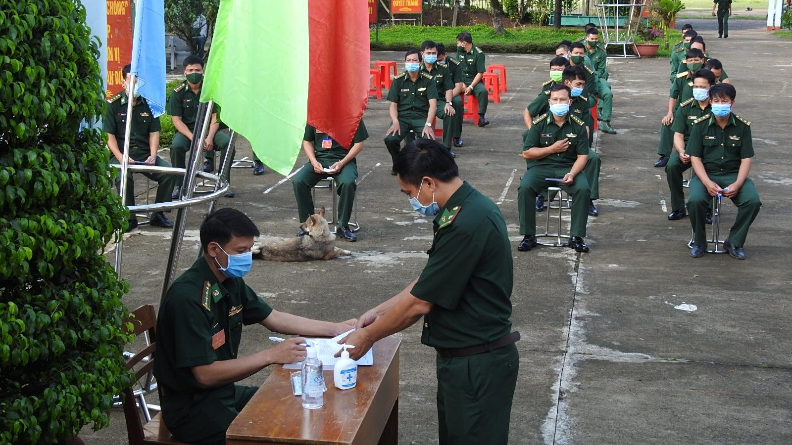 Hình ảnh bầu cử sớm tại biên giới và những xã đặc biệt khó khăn ở Tây Nguyên