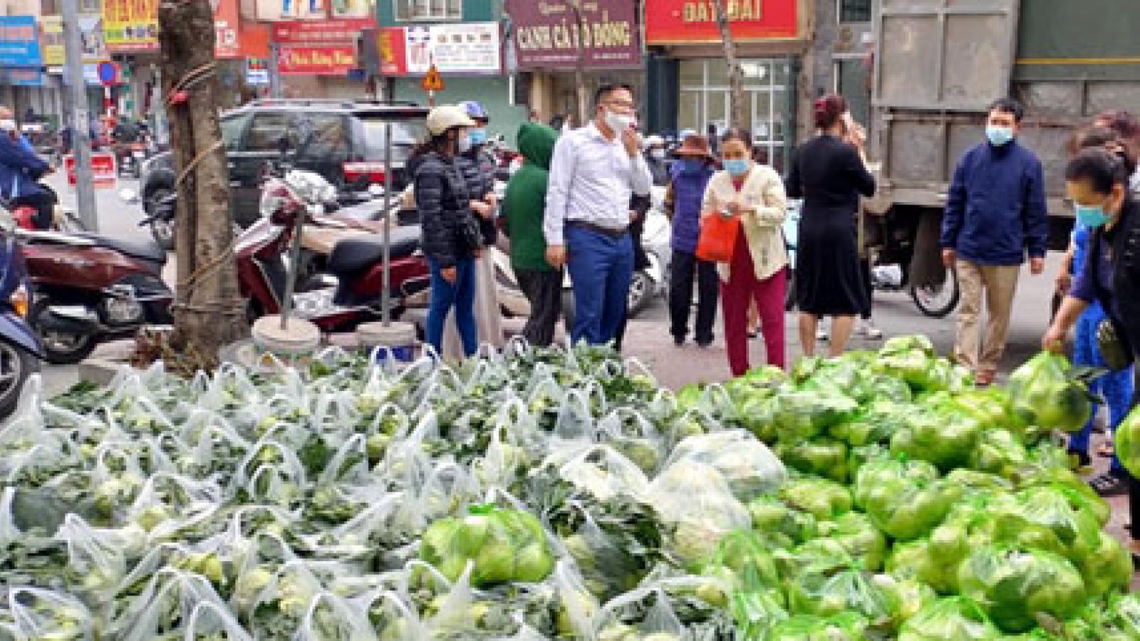 Tích cực hỗ trợ tiêu thụ nông sản vùng dịch