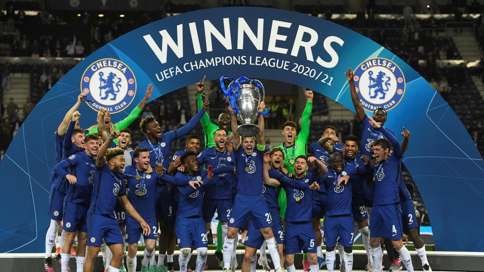 """Toàn cảnh: Man City """"bất lực"""" nhìn Chelsea đăng quang ngôi vô địch Champions League"""