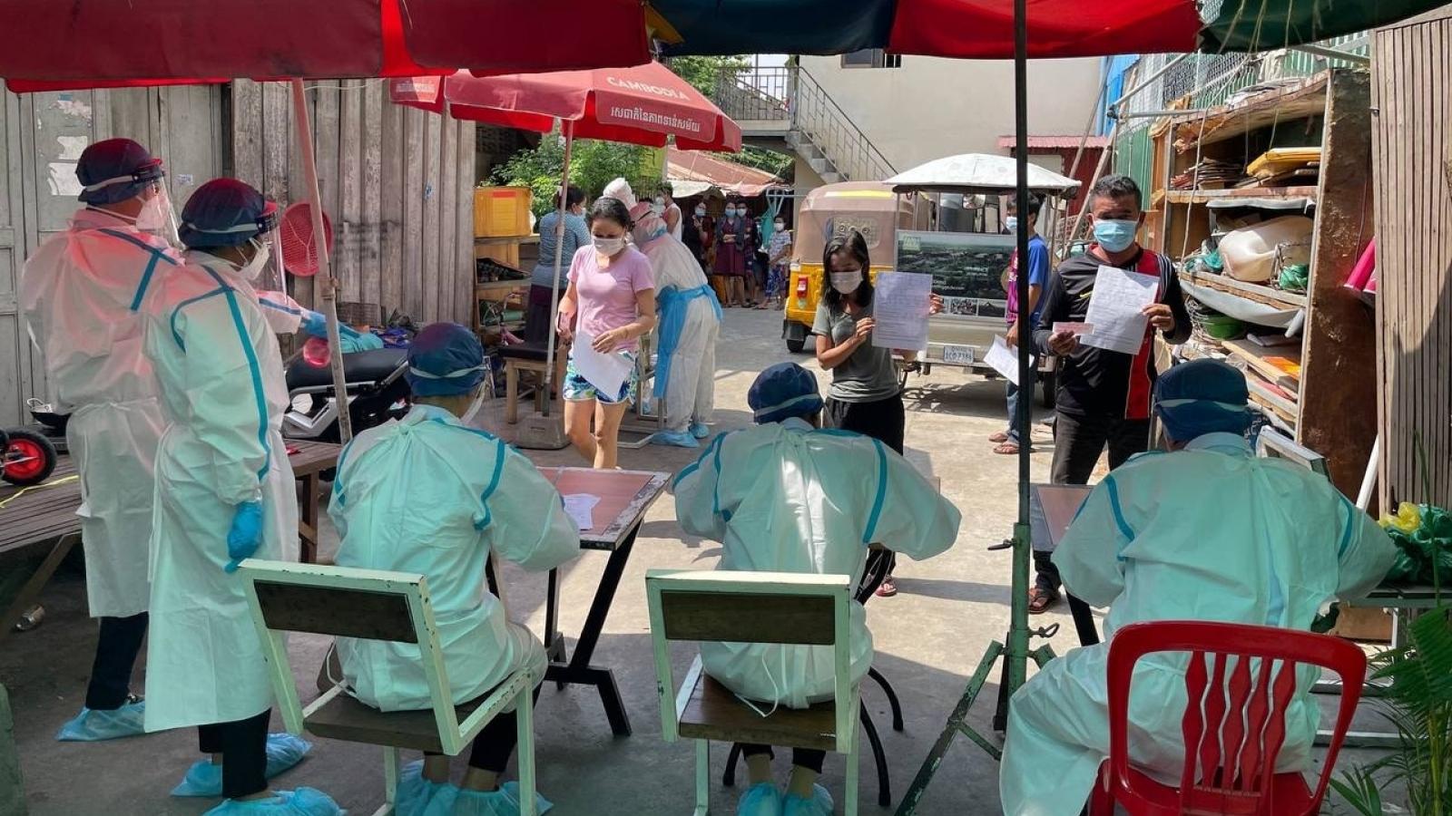Campuchia tiếp tục ghi nhận số ca mắc mới Covid-19 cao chưa từng có