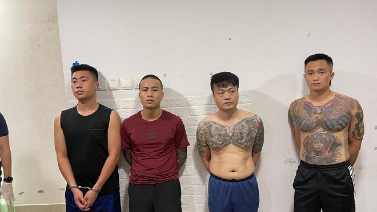 """Bắt quả tang """"tiệc ma túy"""", tóm gọn 2 đối tượng bị truy nã tại Hà Nội"""