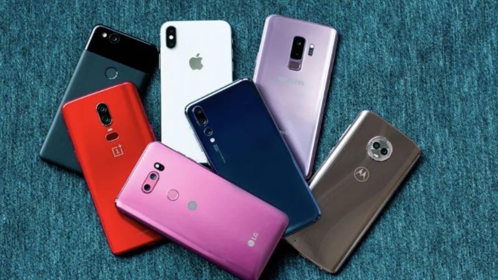 """Apple và Samsung trả 135 USD cho khách hàng LG """"lên đời"""" smartphone"""
