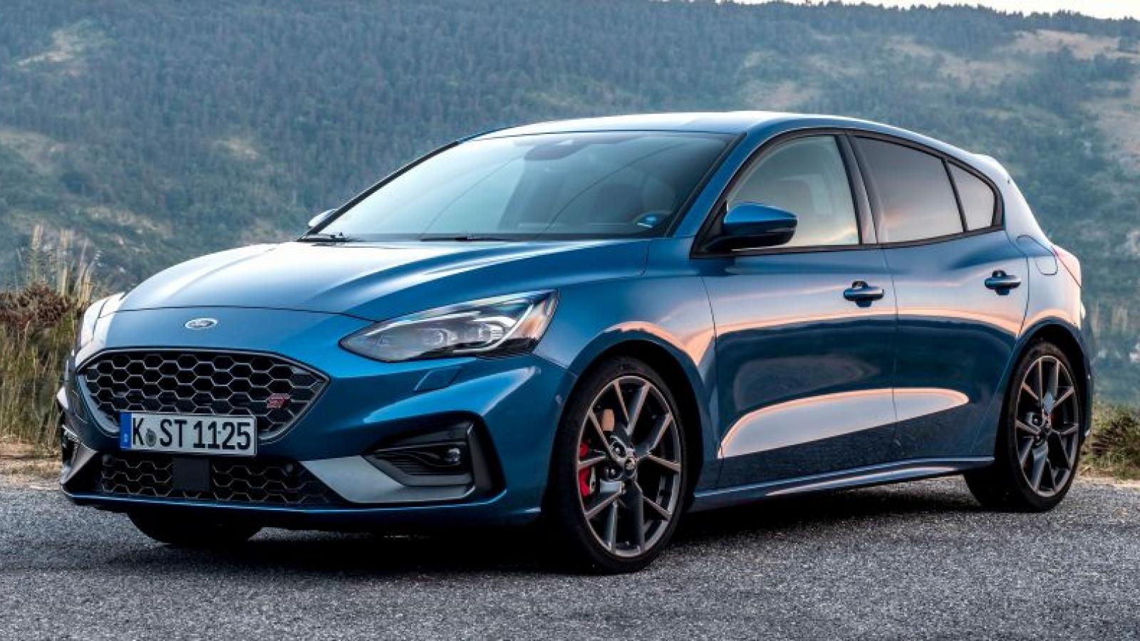 Thiếu hụt chip Ford cắt giảm sản xuất tại Đức