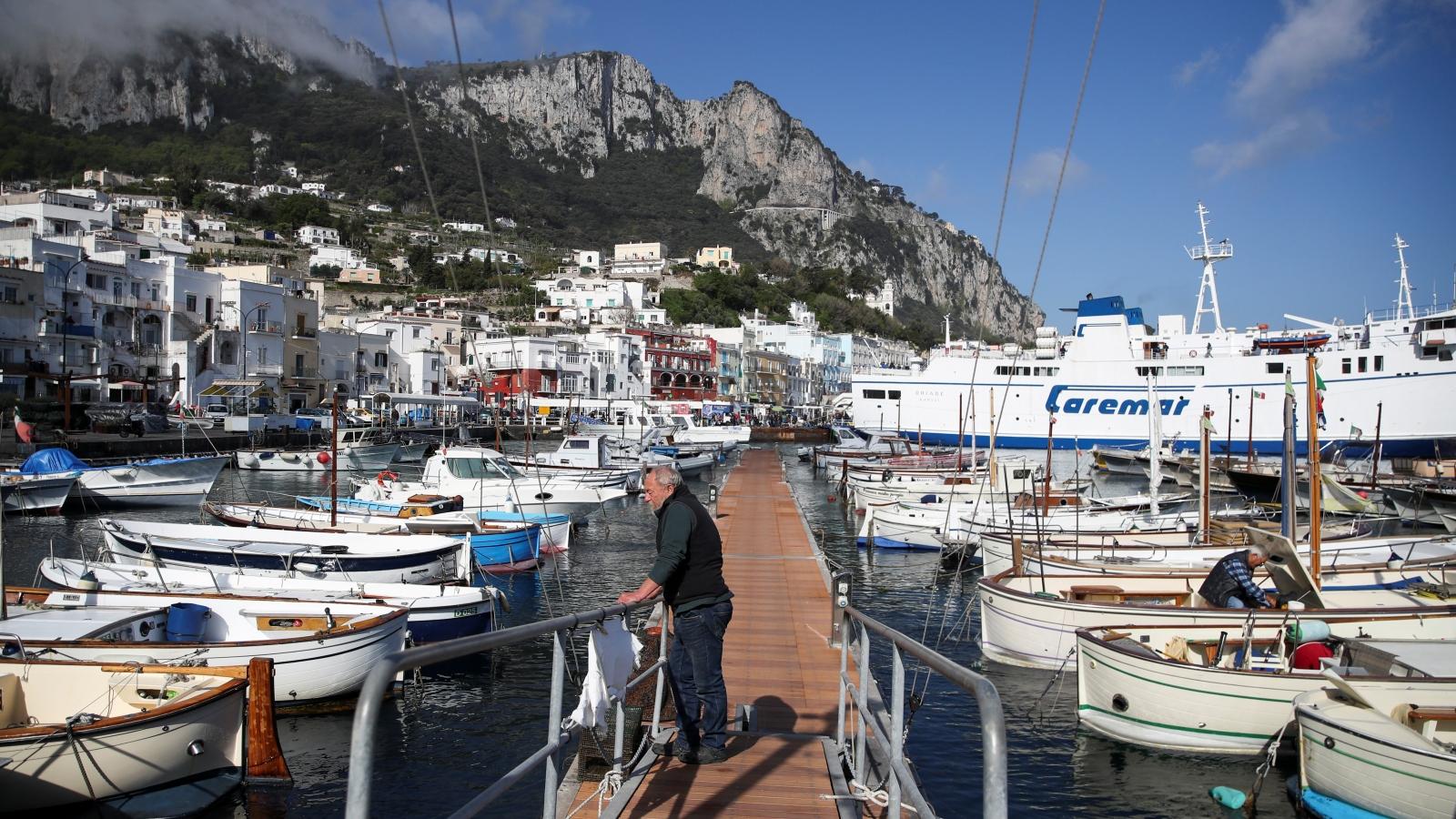 Châu Âu gấp rút hồi sinh ngành du lịch